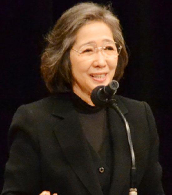 金澤 泰子 プロフィール