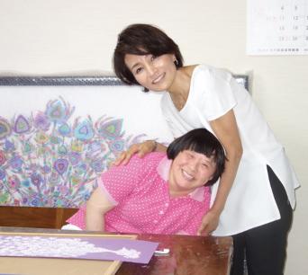 女優仁科亜季子さんもサポーター